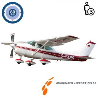 Trail lesson | Flight lesson | Sightseeing Flight Cessna 182 Skylane Groningen Airport Eelde  (60 minutes)