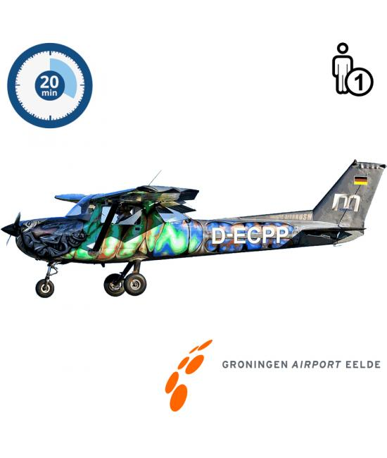 Proefles | Vliegles | Rondvlucht Cessna 150 Aerobat Groningen Airport Eelde (20 minuten)