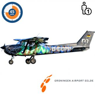 Proefles | Vliegles | Rondvlucht Cessna 150 Aerobat Groningen Airport Eelde (45 minuten)